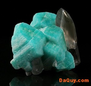 amazonite colorado2 300x284 Amazonite và tác dụng, đặc tính y học (theo dân gian)